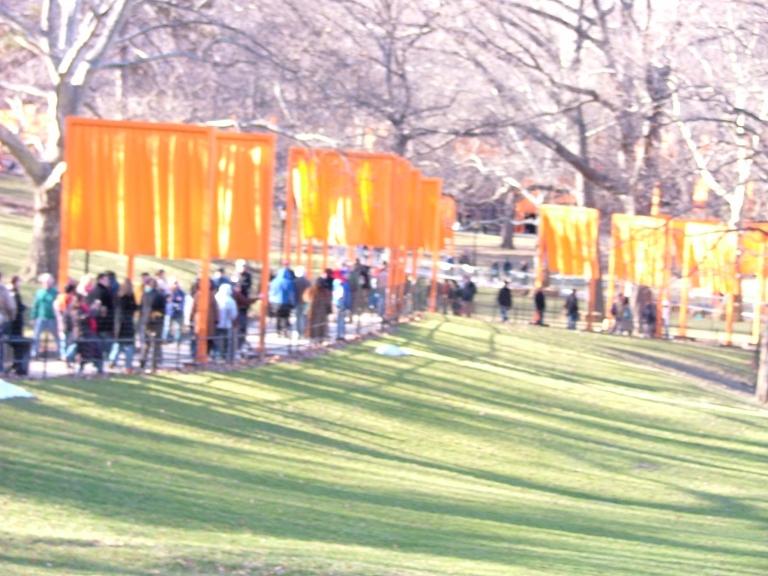 Overexposed gates